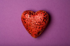 heart on purple_225